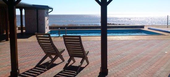Vaade uue saunamaja terrassilt